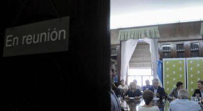 Córdoba: sin acuerdo, la suba a maestros podría ir por decreto