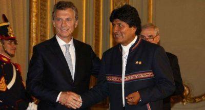 Controles migratorios: preparan reunión entre Macri y Evo Morales