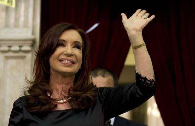 Cristina Fernįndez no se baja de la cima: dos encuestas la dan como ganadora de las legislativas