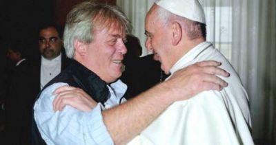 """El Papa Francisco está """"sorprendido"""" y """"preocupado"""" por los despidos"""