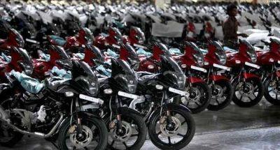 Como las automotrices, las fábricas de motos buscan flexibilizar para bajar costos