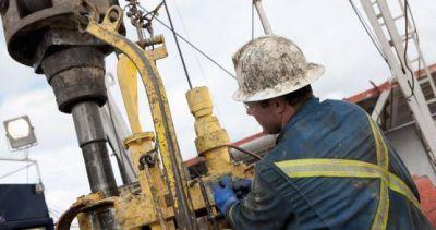 Cayó 66,4% la demanda de empleo en el petroleo en un año