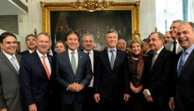 Schiaretti con Macri en Brasil: nada que