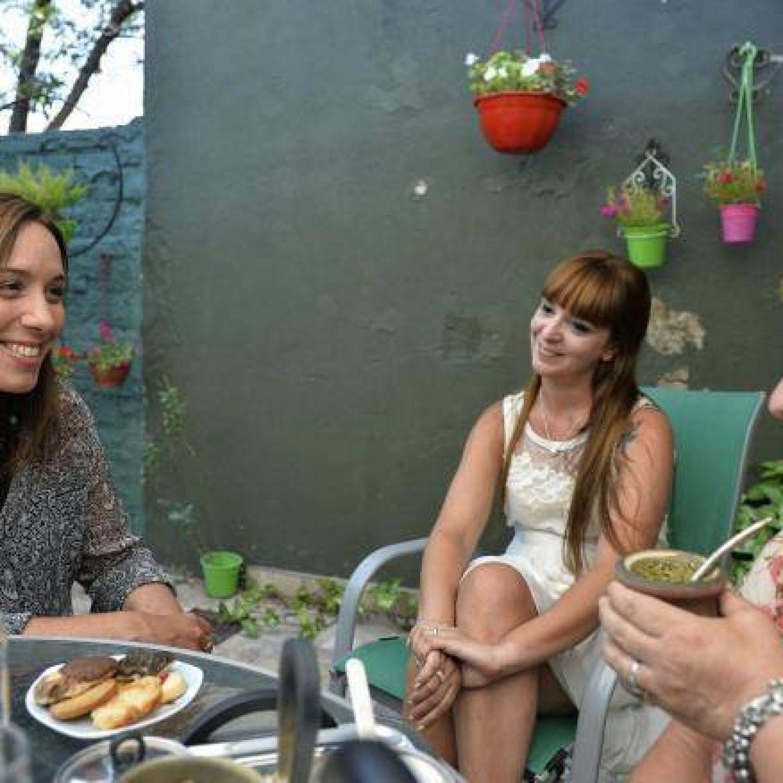 Vidal visit a la directora de una escuela de villa jard n for Villa jardin lanus oeste