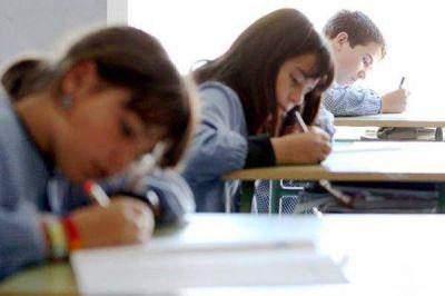 Educación, ajuste y un ciclo lectivo que asoma caliente