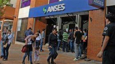 Misiones: les quitan la jubilación a mil extranjeros que jamás vivieron en la Argentina