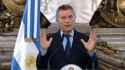 Mauricio Macri convoca a sesiones extraordinarias para tratar los cambios en las ART, que ya aprobó por decreto