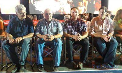Ríos confirmó que irá por su reelección y analiza convocar a las urnas en junio