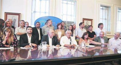 """Diputados, último enclave del kirchnerismo después de """"escuchas"""" y la furia sobre el PJ"""