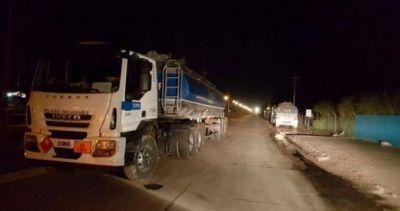 Camioneros paraliza la distribución de combustible de YPF en Nuequén