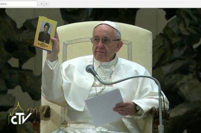 El Papa en la audiencia: 'Con la oración debemos sostenernos mutuamente en la esperanza'