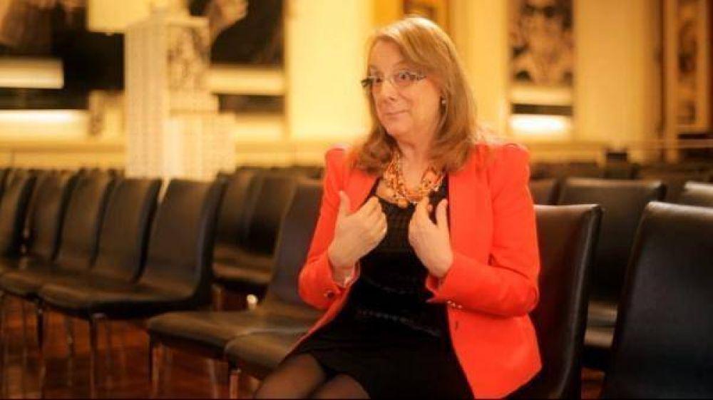 Alicia aumentó sueldos de funcionarios por decreto y hay polémica