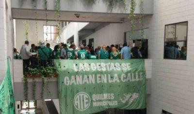 Estatales ocuparon la municipalidad de Quilmes: no hay acuerdo salarial