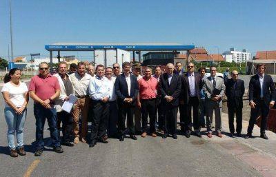 Funcionarios nacionales y provinciales verificaron plan de seguridad del Puerto