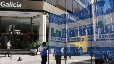 Trabajadores bancarios realizarán hoy y mañana un cese de actividades