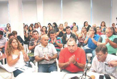 """Paritaria Nacional: """"Un frente con los trabajadores y no desde la soledad del poder"""""""