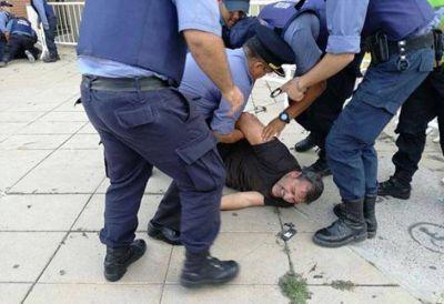 Incidentes en la visita de Macri a Viedma: detienen a dirigente gremial