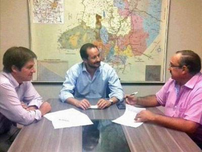 Firmaron convenios para realizar obras comunitarias