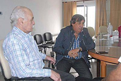 """García anunció que los municipales no aceptarán """" el techo del 18%"""""""