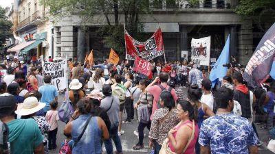 Vecinos desesperados volvieron a manifestarse frente a Edelap