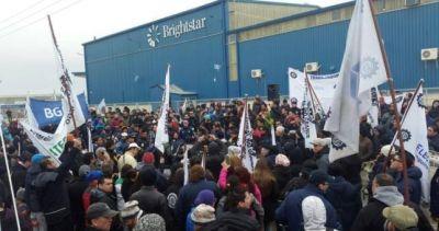 """La industria fueguina """"perdió 6 mil puestos laborales"""" en un año"""
