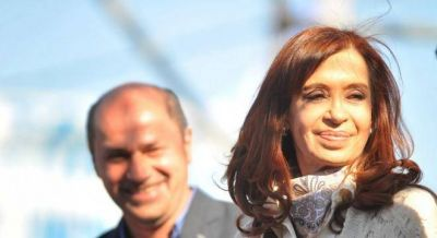 Cristina ya actúa como candidato de la provincia, con críticas a Vidal y Garro