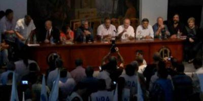Los cinco gremios docentes recibieron el apoyo de la CGT en reclamo de la paritaria nacional