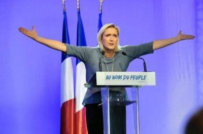 Parlamentario judío francés declara inconstitucional la propuesta de Le Pen de prohibir la doble nacionalidad francesa-israelí
