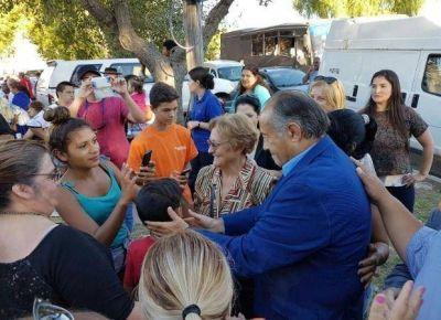 Dirigentes del PJ hablaron con los vecinos del barrio 1º de Mayo