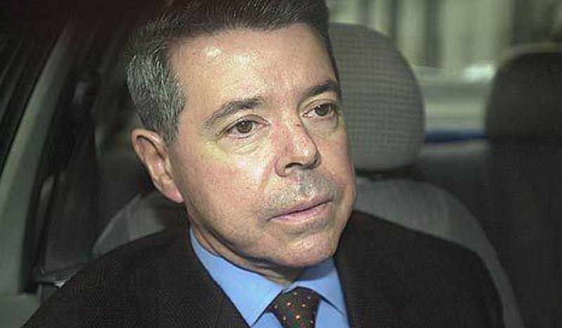 """Oyarbide halló más pruebas sobre el """"negoción"""" de los remedios truchos"""