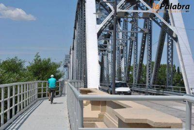 Cierran el puente viejo por limpiezas