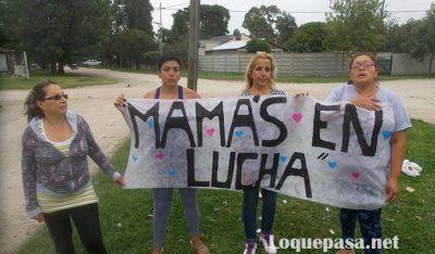"""Mamás en Lucha: """"Blanco nos canchereó, prometió soluciones pero no nos dio nada"""""""