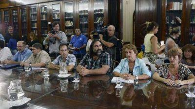 Los gremios docentes muestran unidad y piden a Vidal nueva convocatoria a paritarias