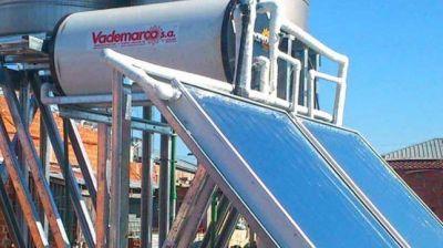 Se duplicó la cantidad de empresas que fabrican calefones solares en Argentina
