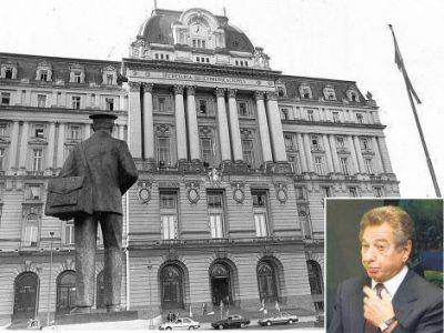 Despidos y mucha deuda, el sello de los Macri