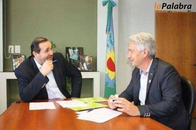 Zara firma convenio con organismo ambiental para tratar los residuos sólidos urbanos de Patagones