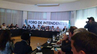 Reyes participa del Foro de Cambiemos con Macri y Vidal