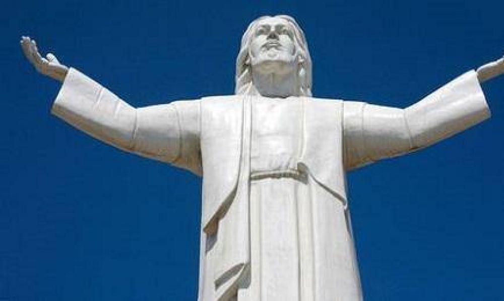 EL CRISTO DE LO ROBADO DE PERÚ. Se lo conoce como Cristo del Pacífico y fue financiado por el constructor Odebrecht que está siendo procesado por lo menos en 7 países de América Latina