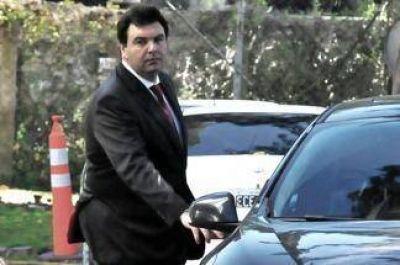 Aceptan a familiares de la AMIA como querellantes en la denuncia contra Cristina Fernández
