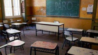 48 horas: ordenan a la Provincia devolver los descuentos hechos a los docentes en agosto