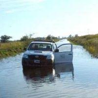General Villegas: El 90% del tendido eléctrico de localidades inundadas está bajo el agua