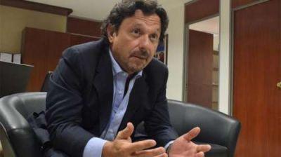 """Sáenz: """"Estamos gestionando soluciones alternativas para la capacitación y reconversión de la actividad de los carreros"""""""