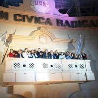 Radicales convocan a un debate en Córdoba para