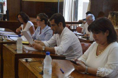 Concejales autorizan una suba del 40% en la tarifa de agua