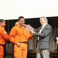 La Provincia homenajeó a los 120 bomberos que colaboraron en La Pampa y Chile