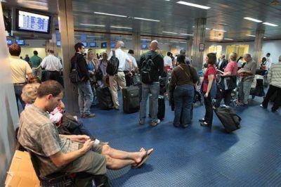 Cambio en los controles de equipaje a los argentinos que regresan del exterior: cómo fue la vuelta del