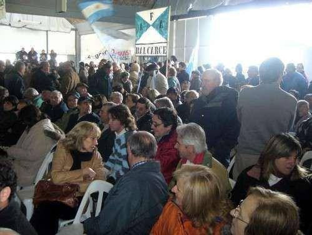 Con importante presencia balcarceña, el campo se movilizó en Olavarría