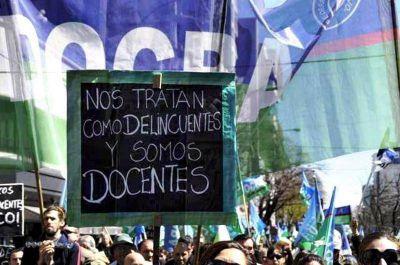 La Justicia intimó al gobierno bonaerense a devolver los descuentos por días de paro a los docentes
