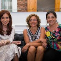 Cristina copia la campaña del PRO, mientras se asegura el control de las listas