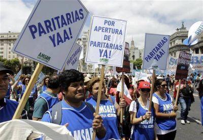 Por el conflicto salarial con los docentes, sólo en Misiones está garantizado el inicio de clases